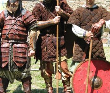 trzech średniowiecznych wojów